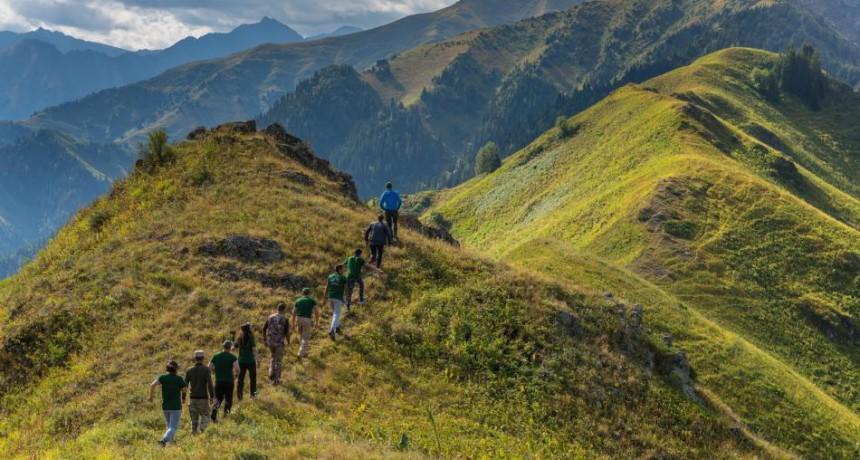 Жонгар-Алатауский национальный природный парк