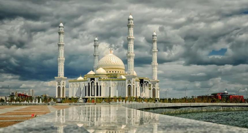 Соборная мечеть «Хазрет султан»