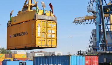 Строительство и оперирование контейнерным терминалом на станции Достык